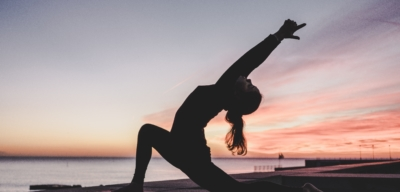 Naučte se čelit stresu a zvládat úzkost pomocí jógy